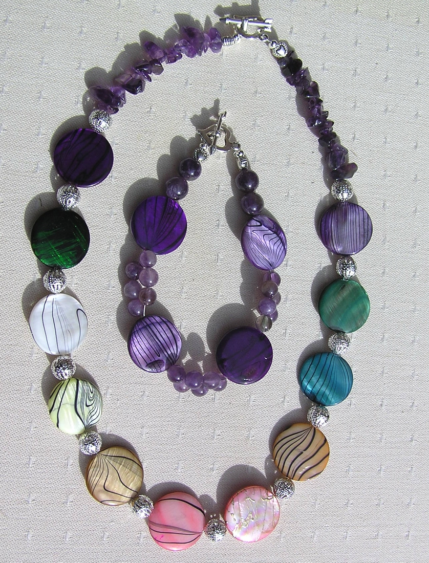 "Necklace & Bracelet Set - Mother of Pearl and Amethyst Gemstone - ""Rainbow Fantasia (2)"""